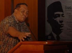 Peter Kasenda, sejarawan dan penulis buku Hari-Hari Terakhir Soekarno, di Universitas Negeri Malang